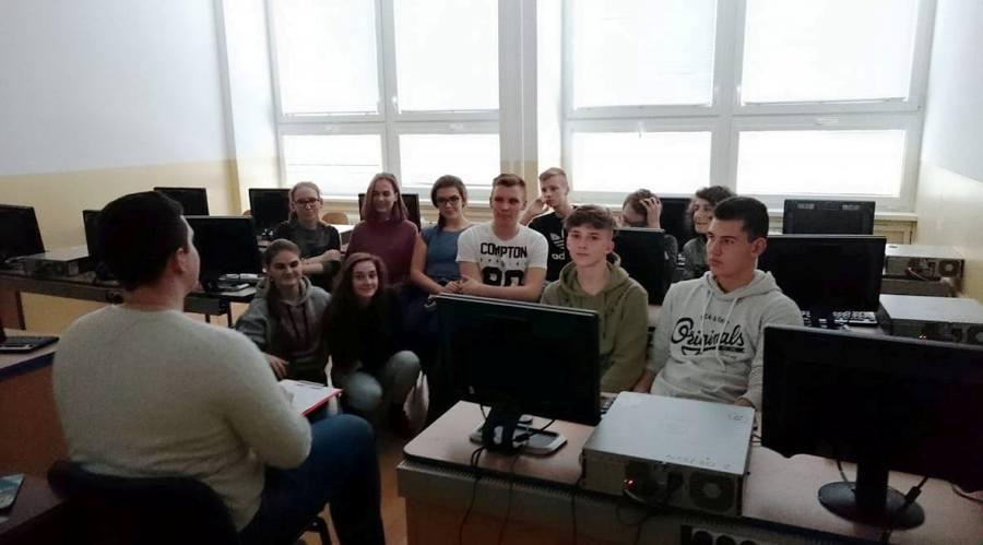 Focusové stretnutia s mládežou na strednom Slovensku