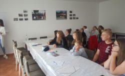 V obci Sihelné sa začalo pracovať na Koncepcií práce s mládežou v obci